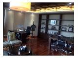 ruang direktur utama Office 88 Kota Kasablanka