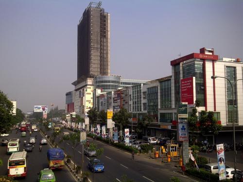 Jual soho small office tangcity superblock dekat bandara for Small meeting room jakarta selatan